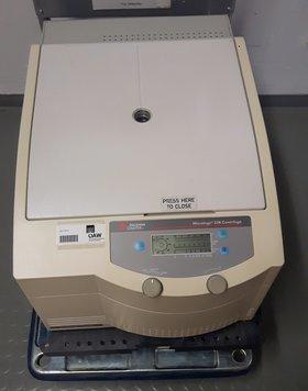 Kühlzentrifuge BECKMAN COULTER Microfuge 22R